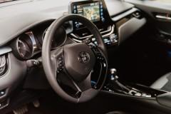 Toyota-C-HR-11